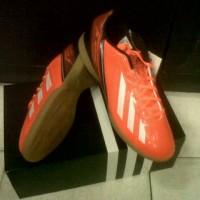 Sepatu Futsal ADIDAS F5 IN