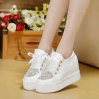 Sepatu Gliter Tali