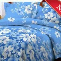 sprei motif bunga biru putih
