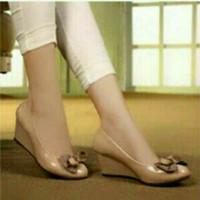 Sandal wanita wedges pita polkadot ( sepatu / sendal cewek )