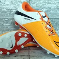 Sepatu Bola Nike Hypervenom Phinish Putih Orange