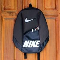 Tas Ransel Olahraga Nike abu tua