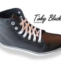 Tinky Black