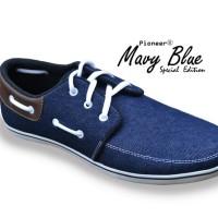 Mavy Blue