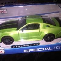 Diecast Maisto 1:24 - 2014 Ford Mustang  Street Racer