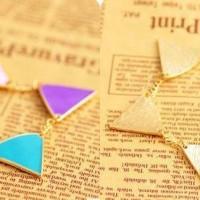 Gelang segitiga colorful
