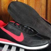 Sepatu Casual / Sepatu Kets / Running / Nike Cortez Hitam Strip Merah