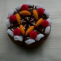Ornamen Cake Coklat Flanel C02