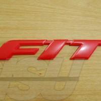Emblem Fit Merah GE8