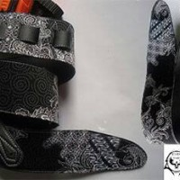 Strap gitar & bass motif batik