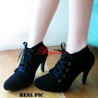 high heels boot black crash