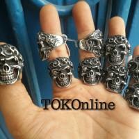 terminator skull ring / cincin tengkorak import