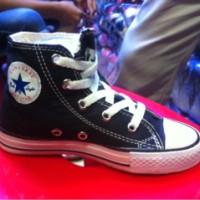 Sepatu anak Converse (original)