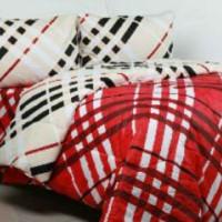 sprei motif salur denim cekres dominan merah hitam putih