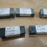 Bongkahan Batu Akik Lidah Buaya/Green Tadulako (Chalcedony)