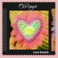 Love Brooch / Bross hijab mutiara renda