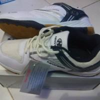 Sepatu badminton NEW ERA REINCARNATION BADMINTON