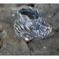 Gagang cincin perak motif ukiran kepala naga