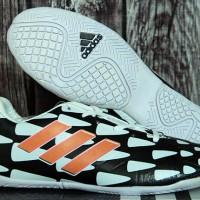 Sepatu futsal,bola Adidas Nitrocharge Battle Pack