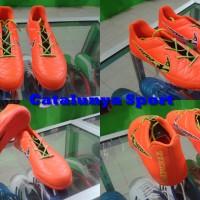 Sepatu Futsal Nike Tiempo Orange