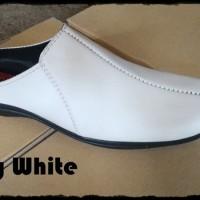 Slopy White