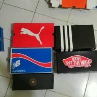 box / dus sepatu nike , adidas , vans , new balance