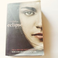 Novel The Twilight Saga Eclipse (Gerhana) - Stephenie Meyer