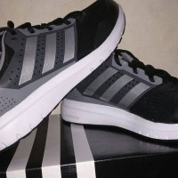 Sepatu Running Adidas Duramo 7