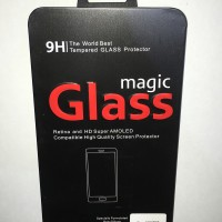 Iphone 5 / 5s / 5c Premium Tempered Glass with Metal packaging