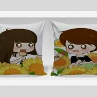 Bantal Sofa / Bantal Couple - Eat icecream together