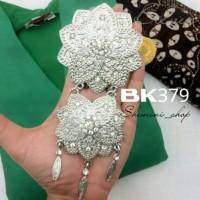 BROS KEBAYA KUTU BARU KODE : BK379 ( silver )