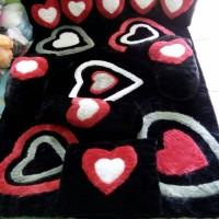 kasur lantai / karpet karakter love hitam