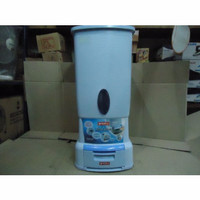 Penyimpan Beras / Rice Box  LionStar 28Kg RU43 RU43