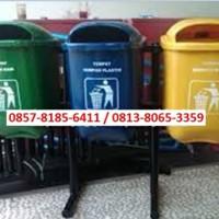 Tempat sampah fiberglass pilah tiga / Tempat sampah B3
