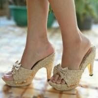 Sepatu Wanita Murah - High Heels Pita Brukat Krem NFZ-30