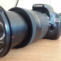 dslr canon 550d with lens Zoom 18-135mm