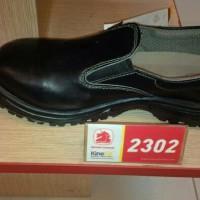 sepatu boot pria safety