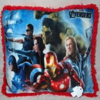Bantal Anak Print Photo Gambar Super Hero Avengers Kado U510327SHA