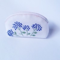 Pouch Flanel Embroidery White