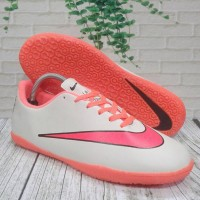 Sepatu Futsal Nike Victory