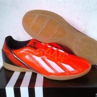 sepatu futsal adidas f5 in orange strip putih ic original