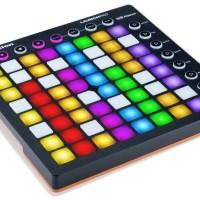 Novation Launchpad MK2 - USB 64 Pad Grid Instrument Controller