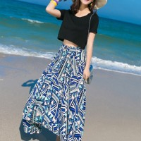 Two Pieces Atasan Crop Tee Hitam + Rok Panjang Motif Tribal Modis
