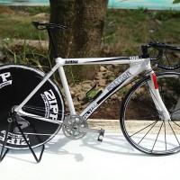 miniatur sepeda balap roadbike replika helios 300 pajangan