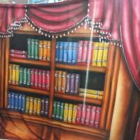 background foto studio rak buku/wisuda