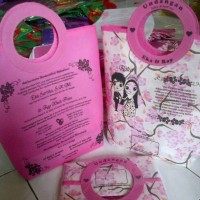 tas undangan pink motif