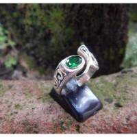 Cincin perak motif ukiran bali batu green quartz