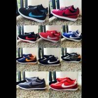 #sepatu#pria#wanita#kets#nike#adidas#converse#new balance#vans#