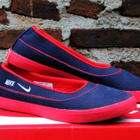 Nike Flat Women Hitam Merah(sepatu wanita,sepatu kets,slip on,casual)