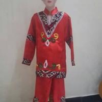 Pakaian adat Dayak anak laki
